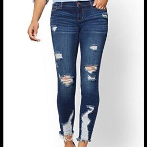 Soho Runway Stretch Distressed Ankle Skinny Jeans